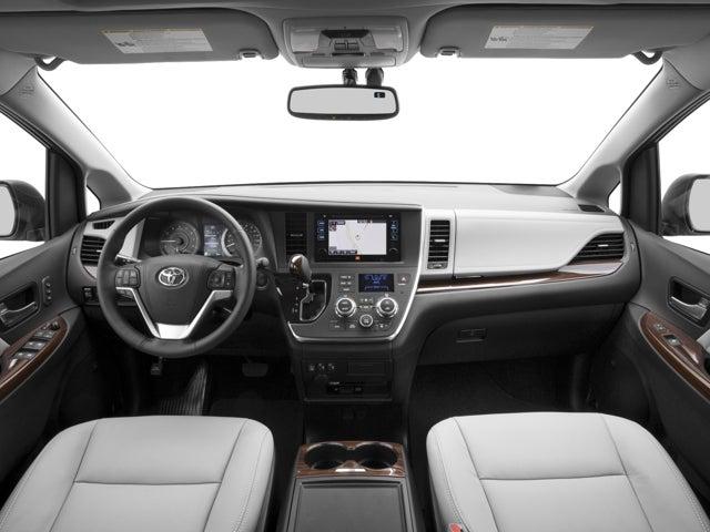 2016 Toyota Sienna Xle Premium In Waukegan Il Clic