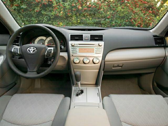 2009 Toyota Camry Le In Waukegan Il Clic